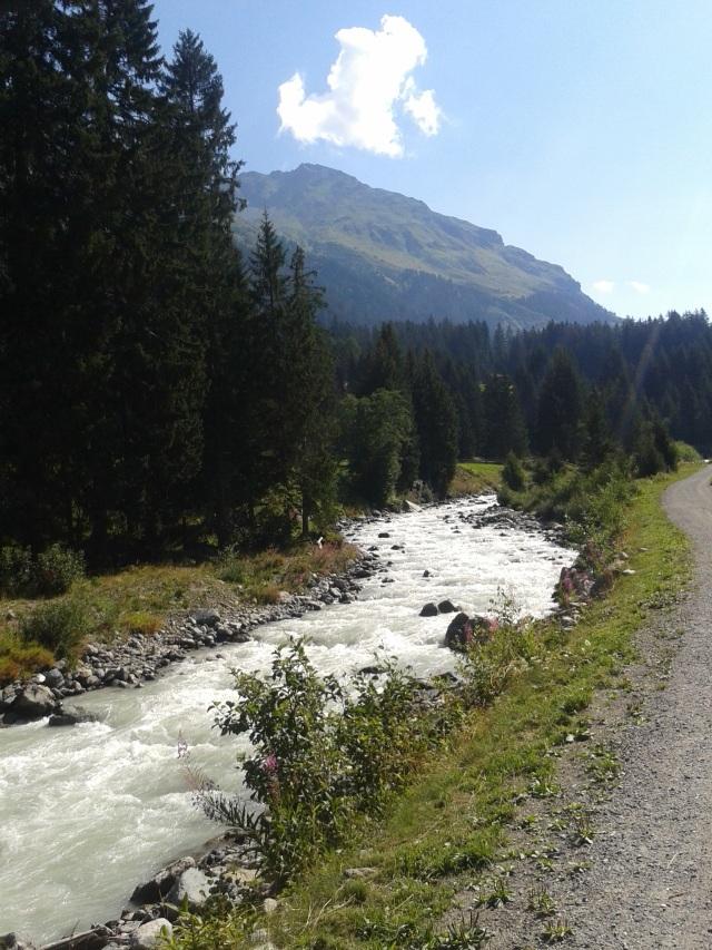 Lauferei - die Landquart flussaufwärts